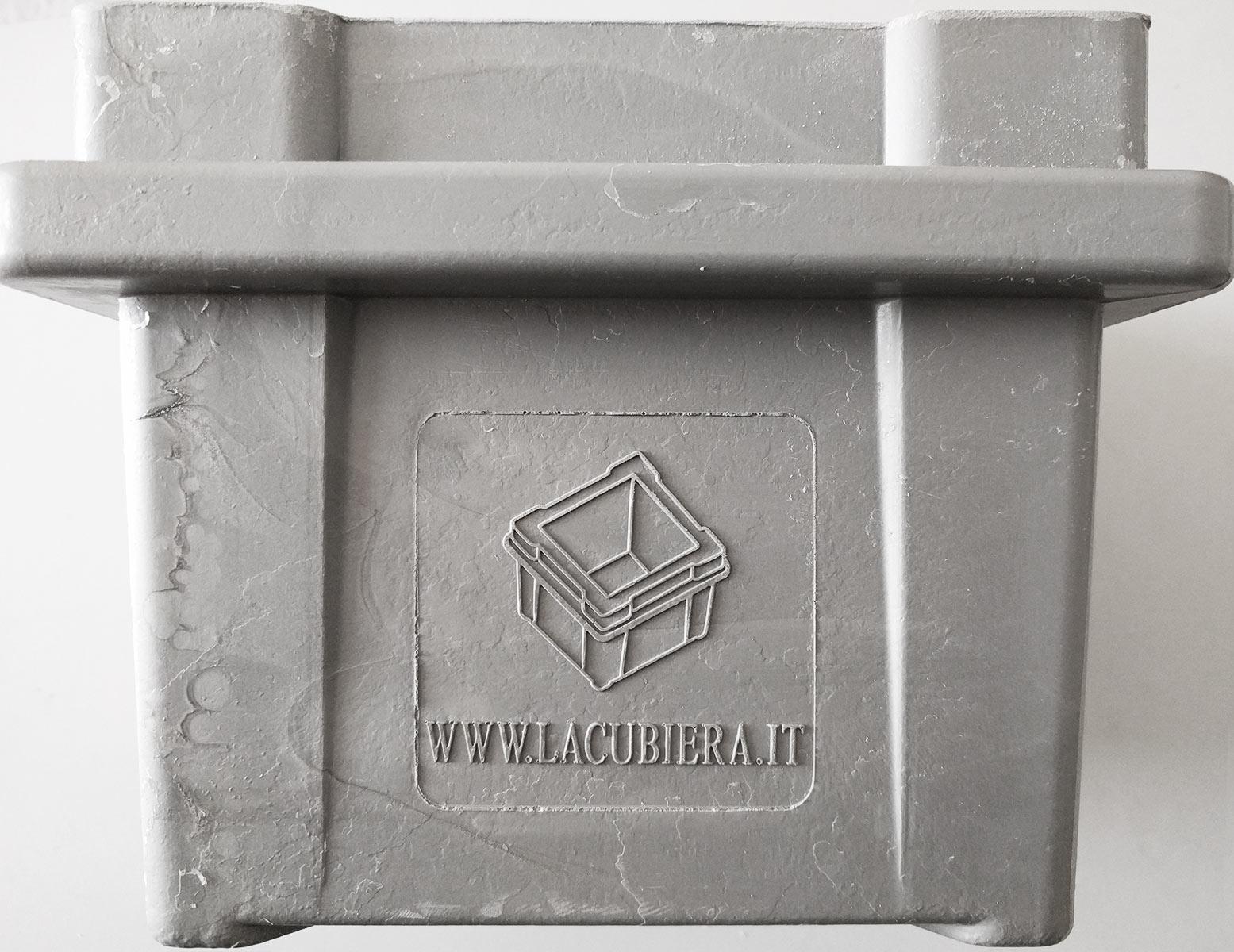 cubettiera-calcestruzzo-personalizzata